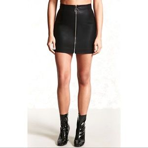 Forever 21 faux leather metal O ring zip-up skirtS